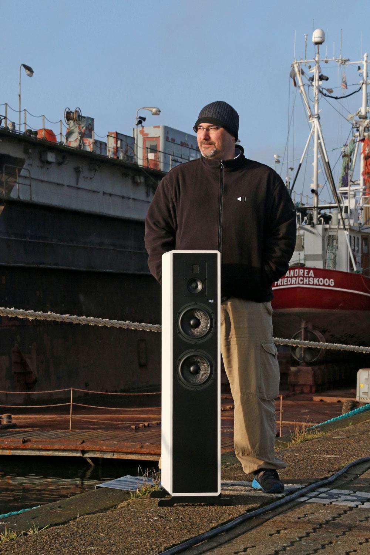 Fishhead-Audio_Christoph-Winklmeier_Resolution-2.6-FS_im-Hafen